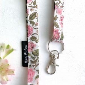 Söpö kaulanauha avaimille ruusu Nova Melina