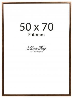 50 x 70 cm kokoinen kehys puisilla pähkinänvärisillä kehyksillä