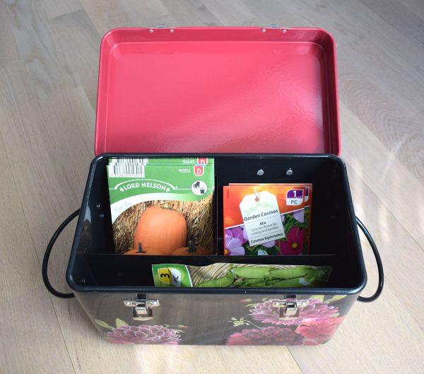 kukallinen laatikko simenpussien säilyttämiseen
